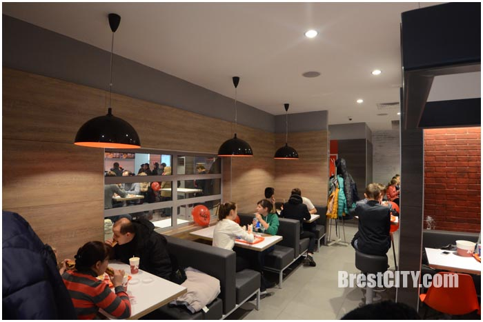 Ресторан KFC в Бресте. Фото BrestCITY.com