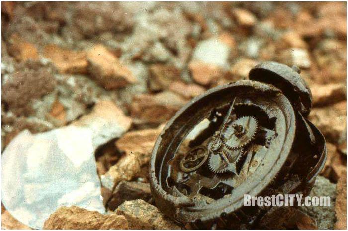 Набор старых слайдов Брестская крепость. Диафильм 1984