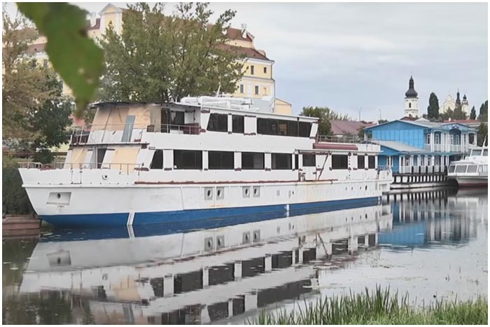 Круизный лайнер Белая Русь. Из Бреста в Мозырь за 7 дней