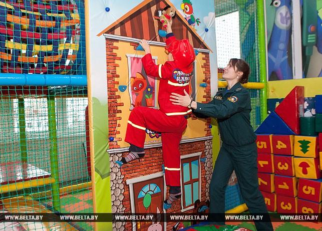 Игровая площадка МЧС открылась в Бресте