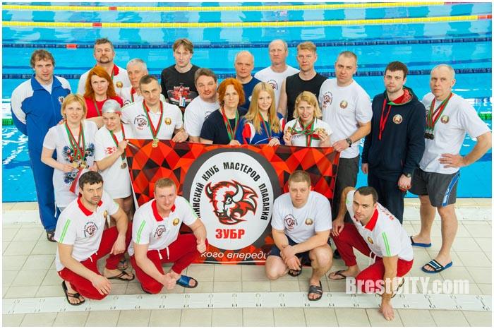Соревнования по плаванию в категории Мастерс в Бресте