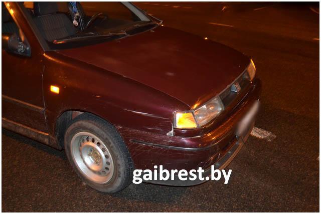На трассе М1 сбили пенсионерку, переходившую через дорогу