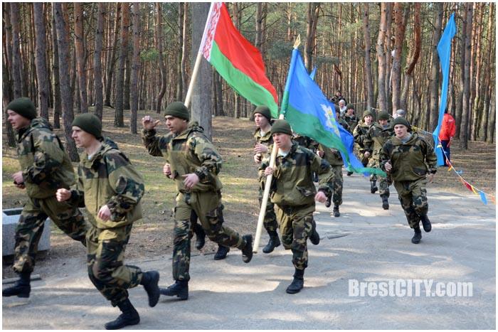 Пробег память в Бресте в парке воинов-интернационалистов 26 марта