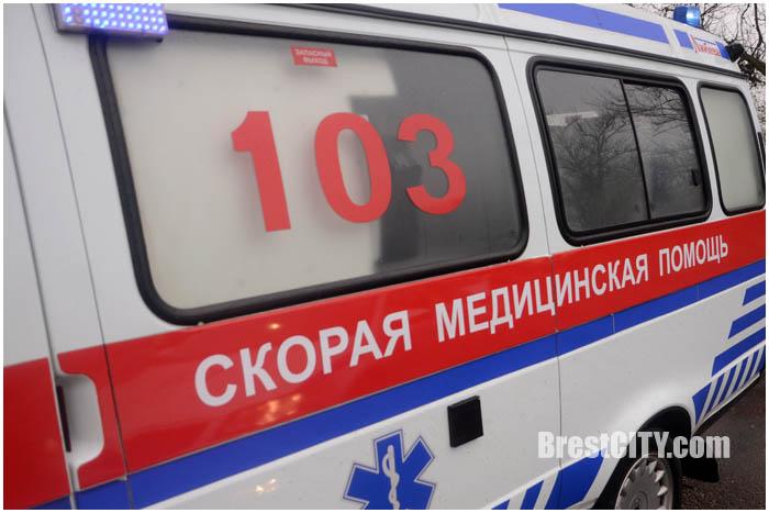 Уступают ли водители скорой в Бресте. Фото BrestCITY.com
