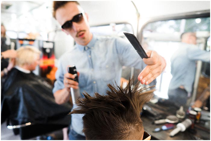 Бесплатная парикмахерская на колесах в Бресте