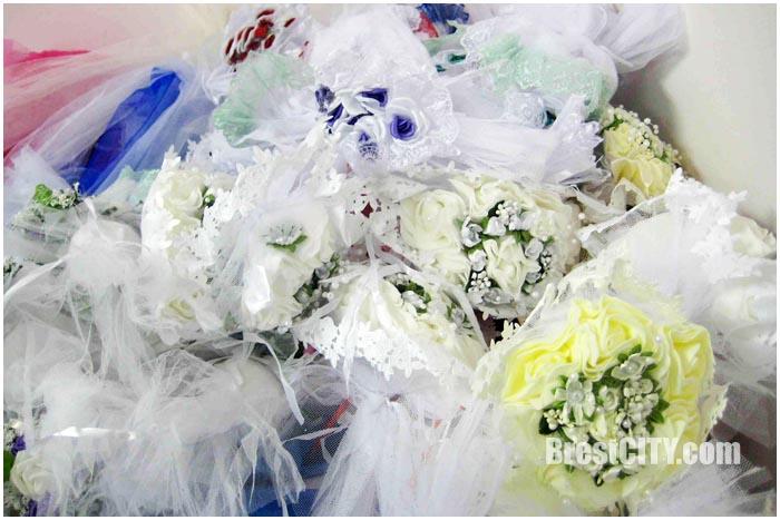 Свадебные аксессуары задержали на границе в Бресте