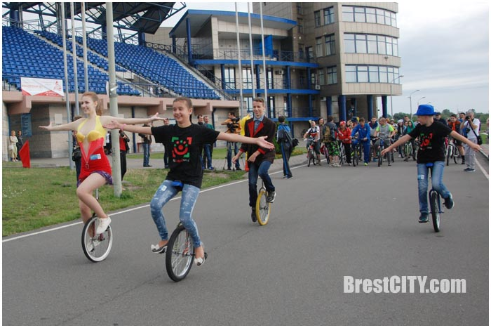 Велозаезд на Гребном 17 июля 2016. Фото BrestCITY.com