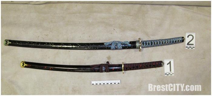 Японские мечи изъяты на границе в Бресте