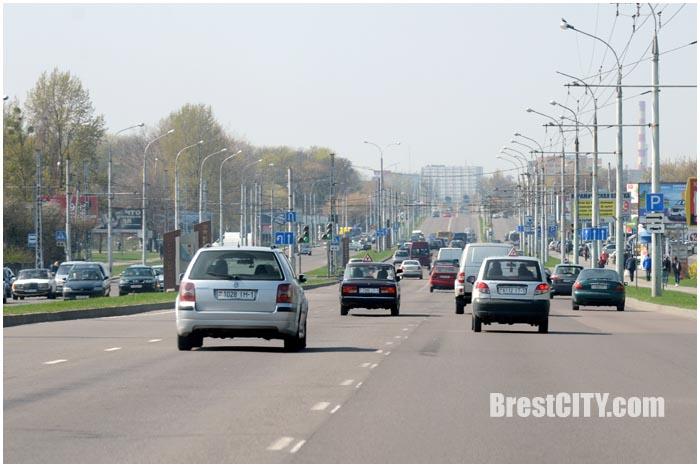На улице Московской в Бресте станет шесть полос