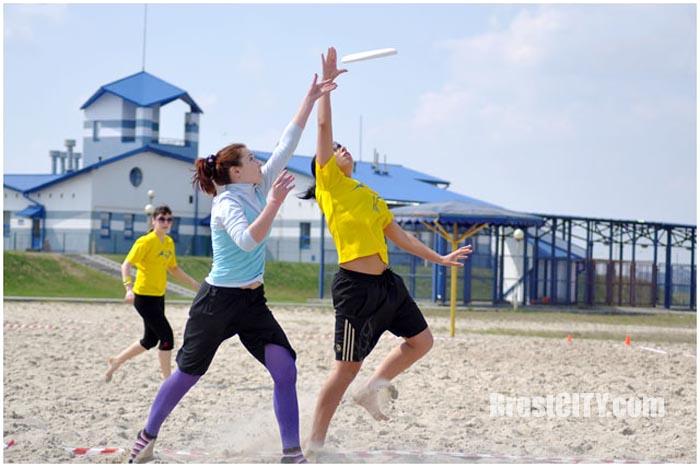 Пляжный турнир по фрисби