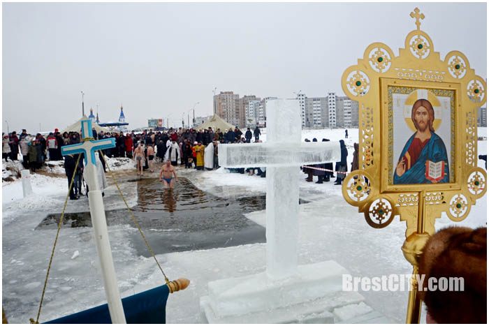 Крещение в Бресте 19 января 2017г. Фото BrestCITY.com