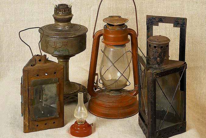 Выставка старинных ламп и фонарей в Бресте