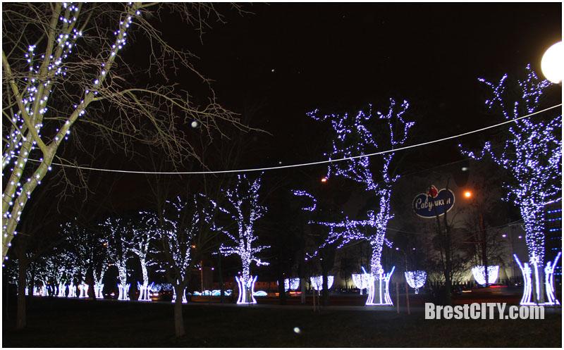 Волшебный парк мира в Бресте