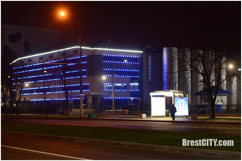 Светящиеся остановки в Бресте