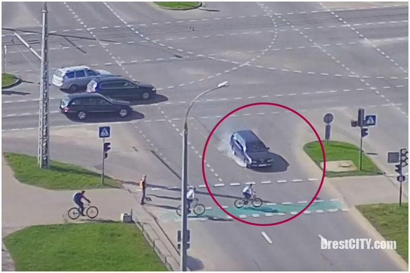 Пассат и велосипедист