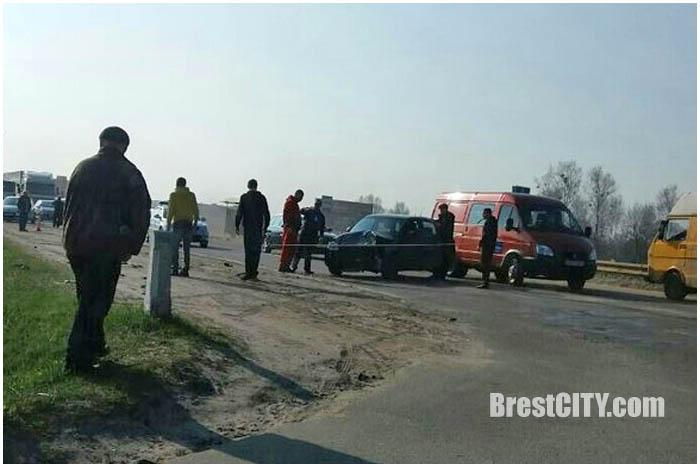 Авария в Бресте на Радужной с мотоциклистом