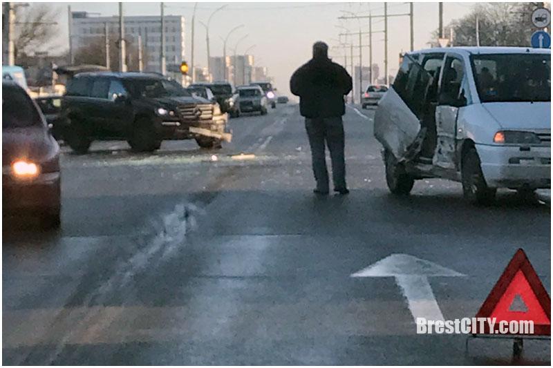 Авария в Бресте 23 декабря 2017