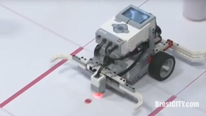 Соревнования роботов в Бресте