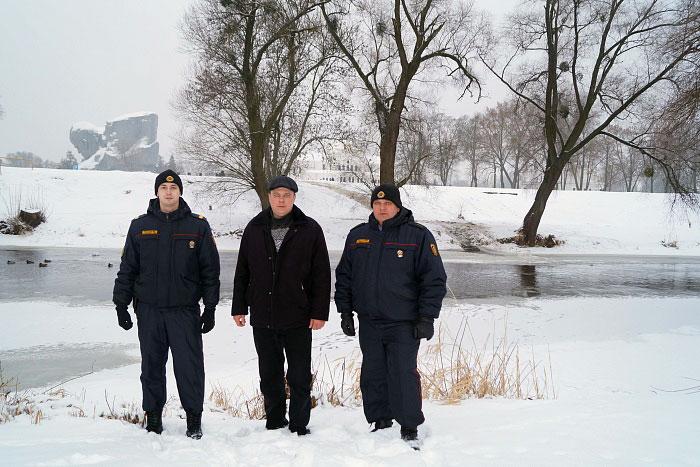 Милиционеры в Брестской крепости спасли человека