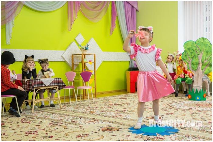Театральный фестиваль в детском саду Бреста