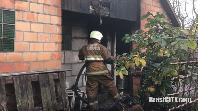 Пожар на Вересковой в Бресте