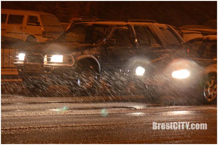 Мокрый снег в Бресте. Фото BrestCITY.com