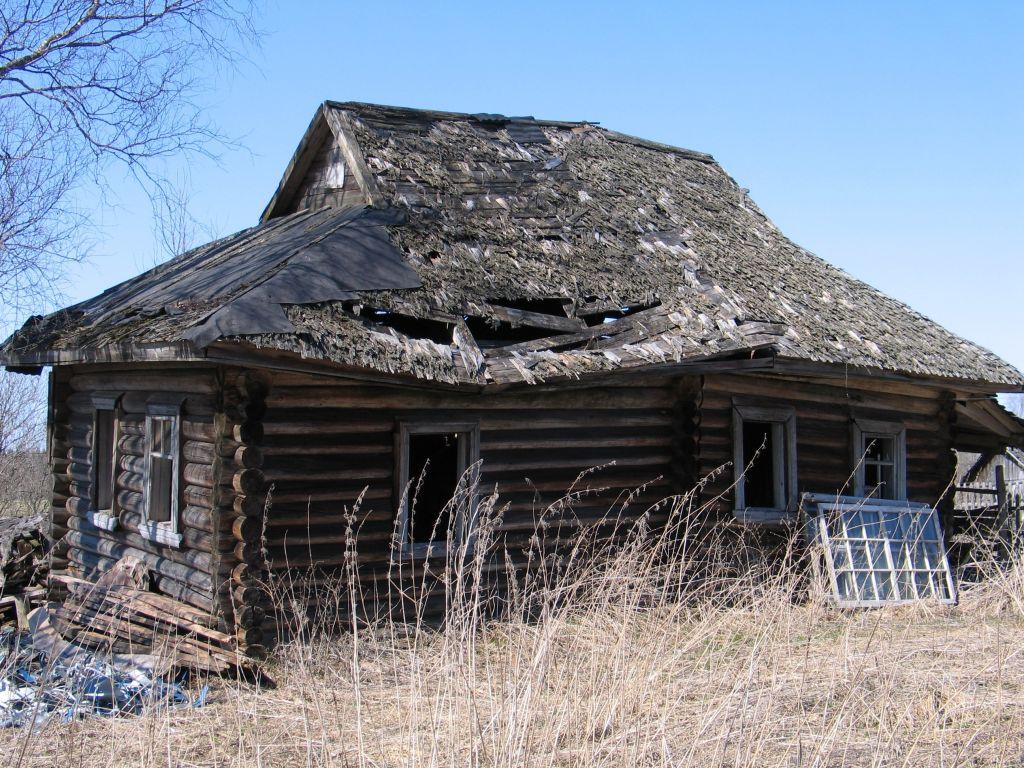 Пустующие и ветхие дома в Беларуси можно купить за одну базовую величину.