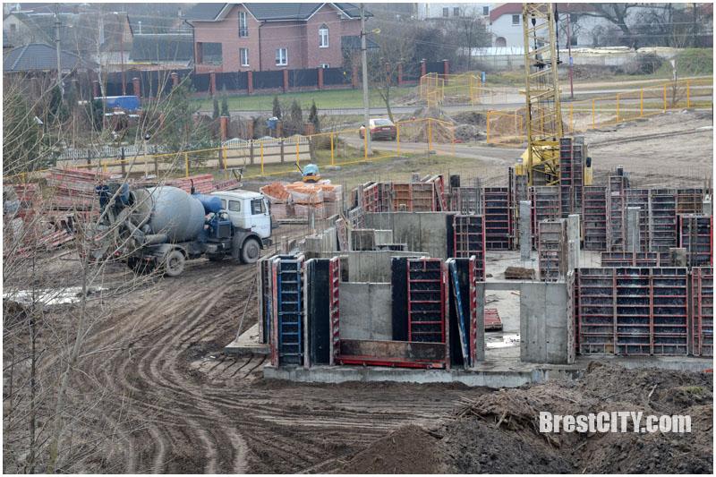Строительство дома по проспекту Республики в Бресте