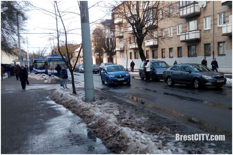 Авария в Бресте 25 января на ул.17 сентября