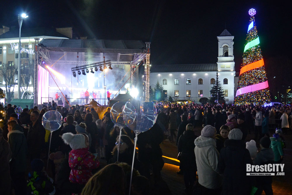 Новогодняя дискотека в Бресте