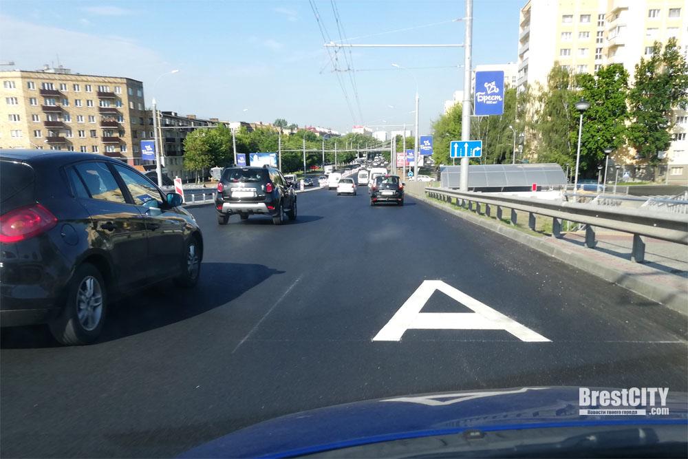 В Бресте выделят полосы для движения общественного транспорта