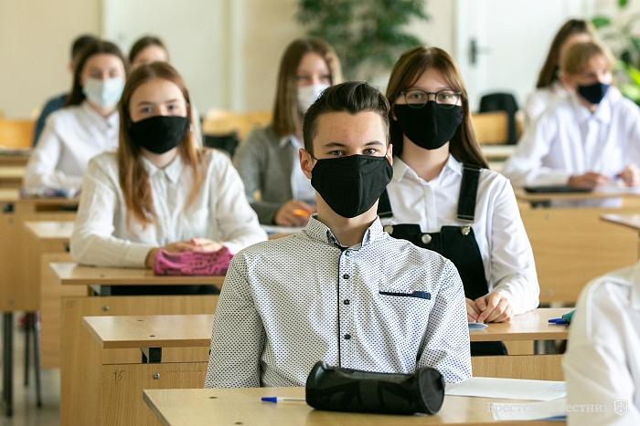 Ученики Питерской школы вынуждены дышать строительной пылью и слушать шум ремонта